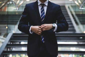 Mann-im-Anzug